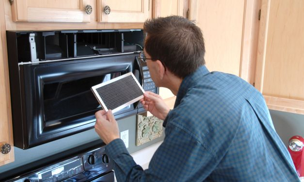 Reasons to Use a Professional to Repair Your Oven