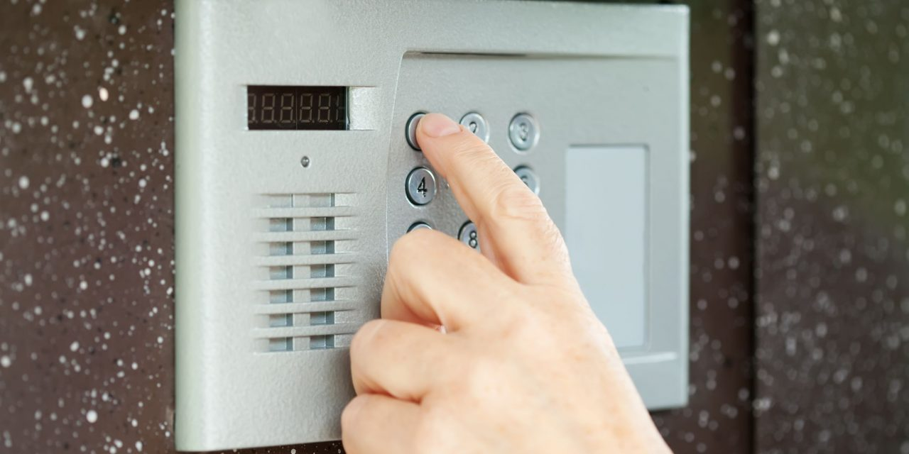 Alarm Systems in Cardiff – Selecting a Suitable Type of CCTV for the Right Application