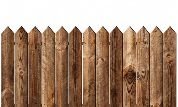 How to Find a Reputable Fencing Company to Purchase Your Material From