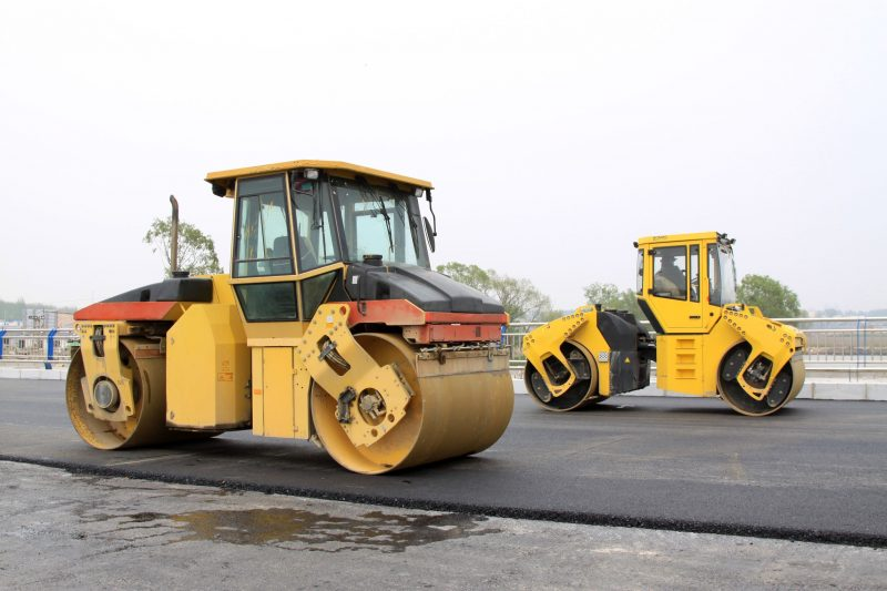 Choosing the Right Road Surfacing Expert