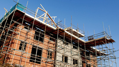 Stay Safe on Your Next Project by Hiring a Certified Scaffolding Company