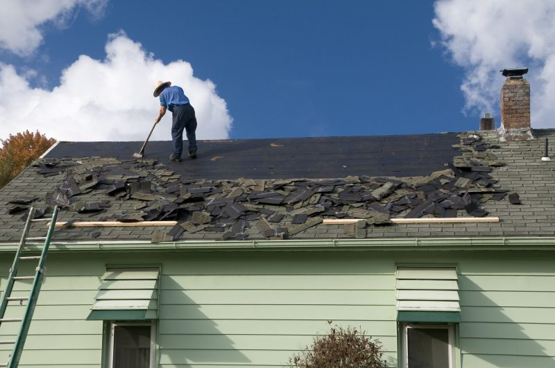 Do You Have a Leaky Roof? Do Not Hesitate to Call a Professional Roofer