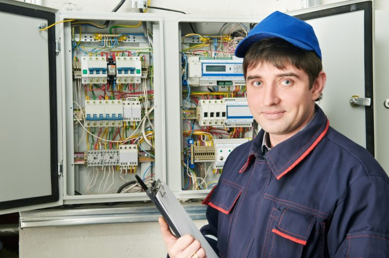 How a Commercial Electrician Can Help a Company Save Money