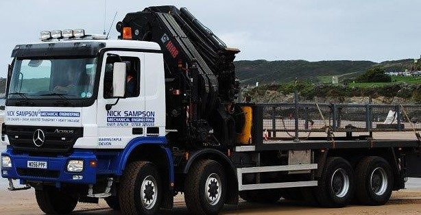 Top Tips for Finding a Reliable Hiab Hire