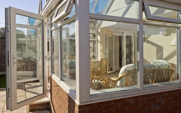 Get Superior Window Glass in Guildford to Update Your Home